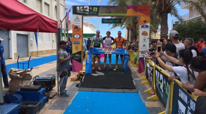 Teresa Ribes y Kristian Quintans vencedores del Triatló 113MD Oliva
