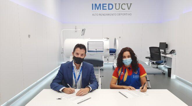 Firma convenio IMED Hospitales