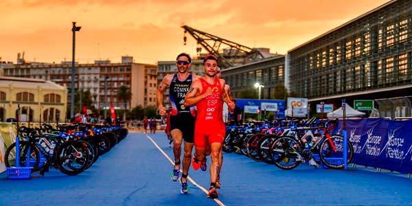 Julie Derron y Dorian Coninx, Campeones de Europa de Triatlón 2021 en València