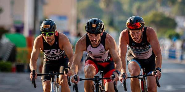 Més de 650 triatletes es van donar cita a TriXàbia 2021